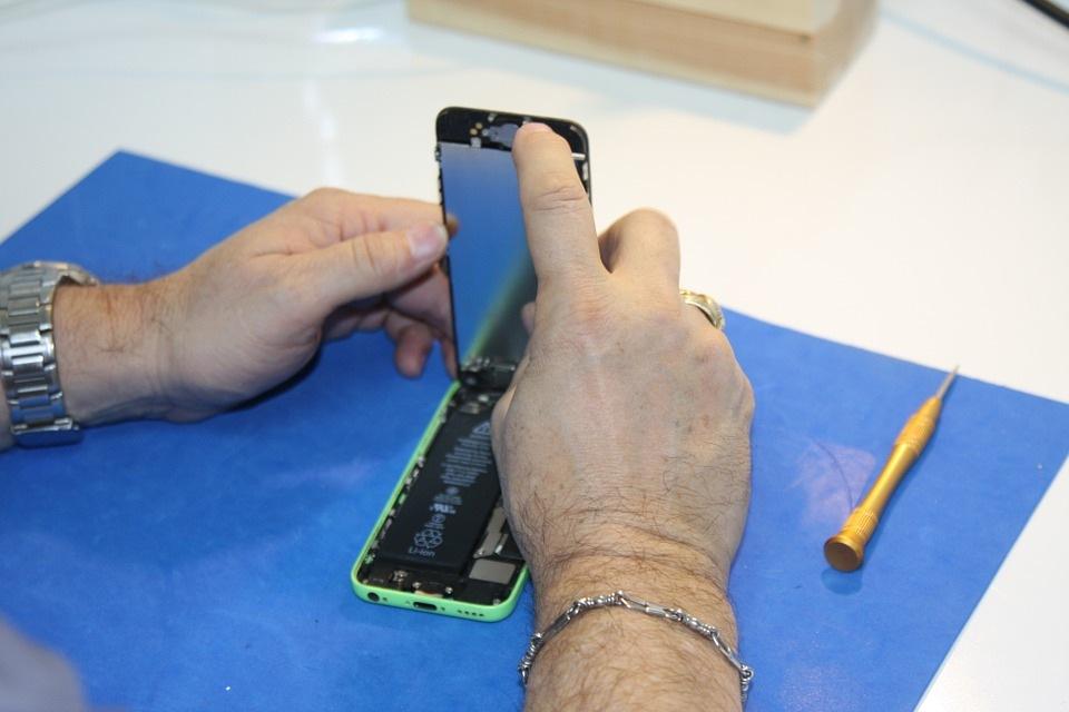 Telefonų taisymas: dažniausiai pasitaikantys gedimai
